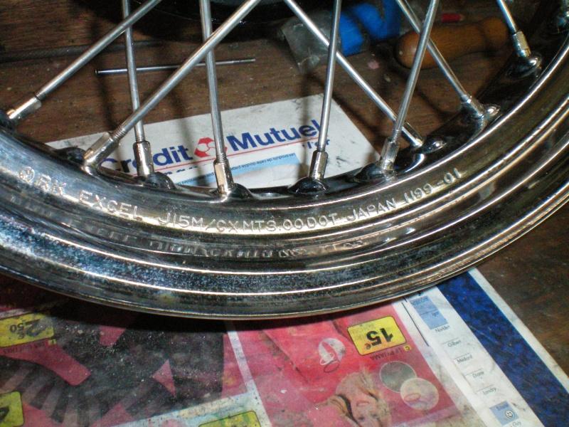 pneu  ar 15 pouces 100_0064