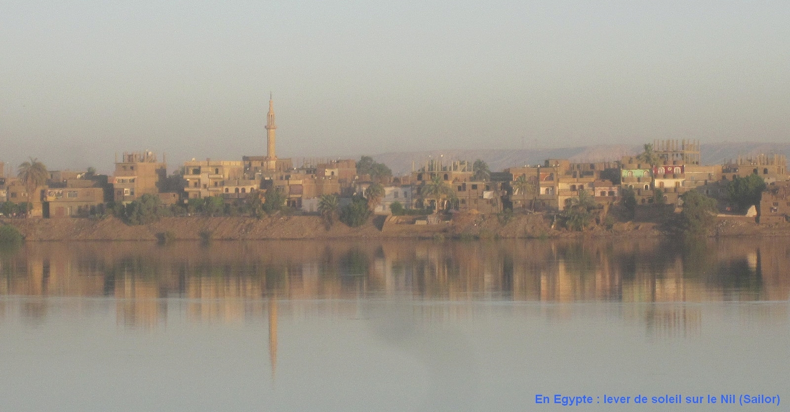 [nos beaux pays : la France, le Maroc et .....  le Monde] Couchers de soleil Egypte10