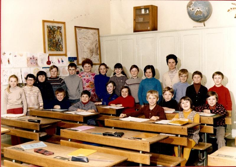 Les écoles d'hier à Wangen - Page 3 1973-110