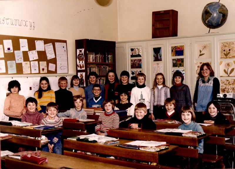 Les écoles d'hier à Wangen - Page 3 1979-110