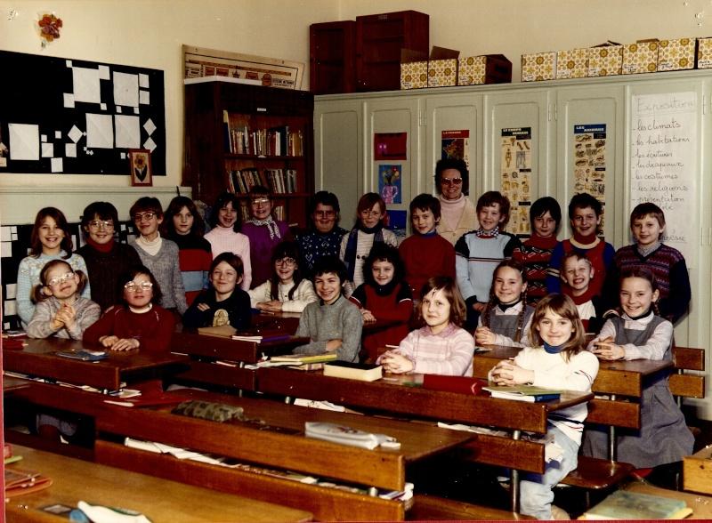 Les écoles d'hier à Wangen - Page 3 1982-110