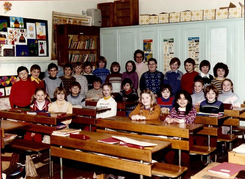 Les écoles d'hier à Wangen - Page 3 1983-110