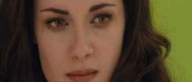 Twilight Chapitre 4 : Breaking Dawn... - Page 2 19715410
