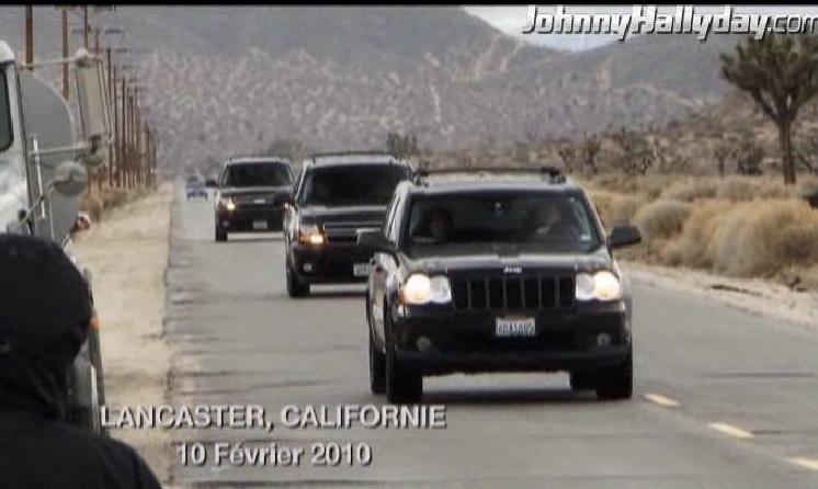 """Johnny Hallyday : Son retour dans... """"L'homme à la mallette"""" ! 2010-354"""