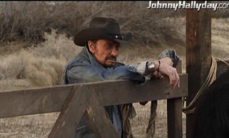 """Johnny Hallyday : Son retour dans... """"L'homme à la mallette"""" ! 2010-355"""