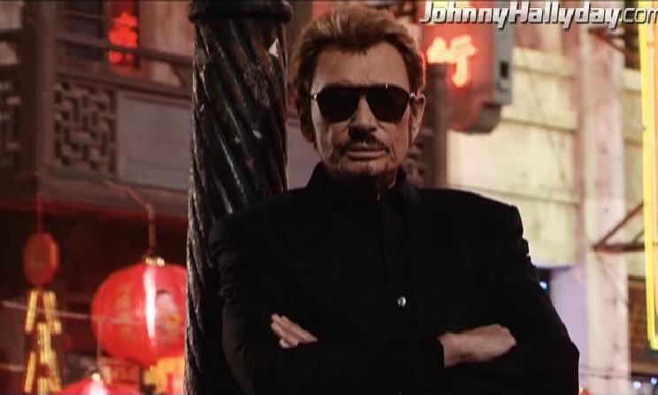 """Johnny Hallyday : Son retour dans... """"L'homme à la mallette"""" ! 2010-362"""