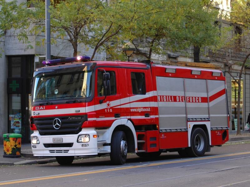 APS Mercedes Actros 30506811
