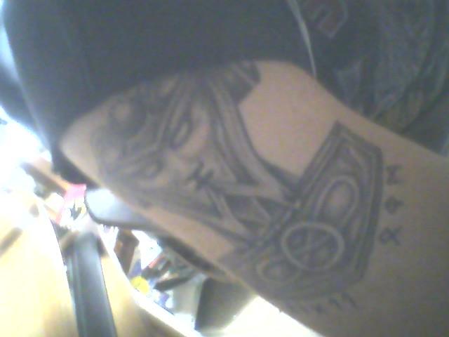 Les tattouages P21-0210