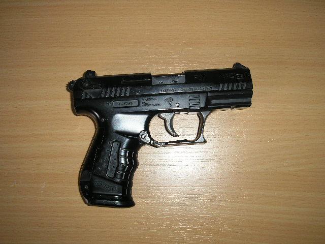 P22 ?, un jouet quoi! P4120010