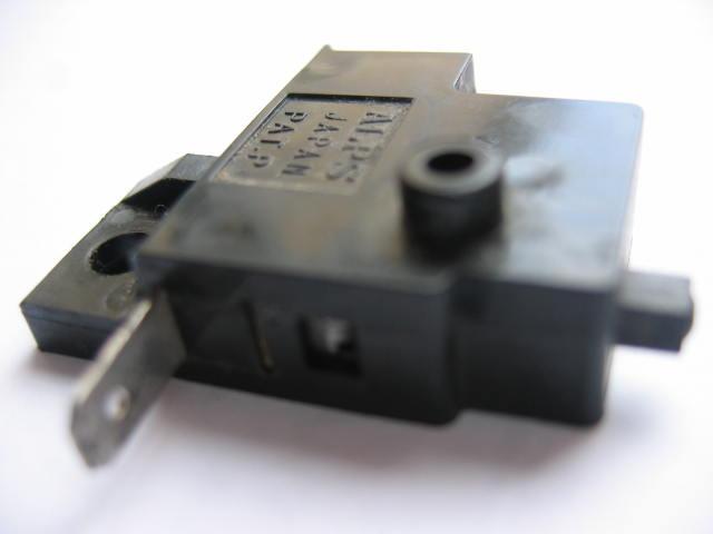 contacteur levier frein avant Contac10