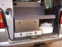 un tiroir dans le coffre 313