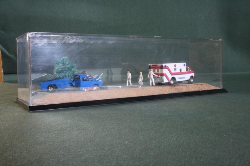 Auto gegen Tanne 1/87 autsch Img_0023