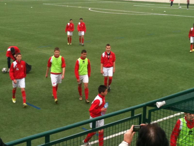 Castelnau - NO : 2-0 Un pénalty très discutable et une défaite injuste pour nos U15 Honneur 03_04_12