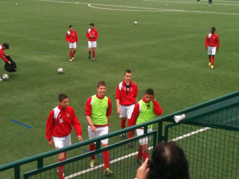Castelnau - NO : 2-0 Un pénalty très discutable et une défaite injuste pour nos U15 Honneur 03_04_13