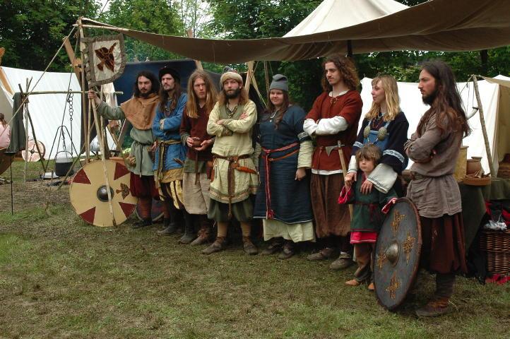 Journées Vikings archéosite de Marle - Mai 2009 Drz10