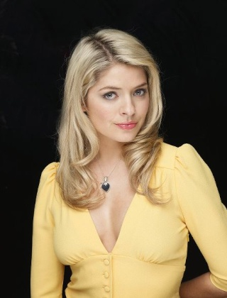 HOLLY WILLOUGHBY 20030911