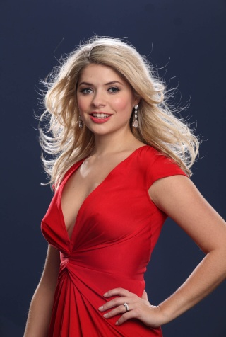 HOLLY WILLOUGHBY 32282010