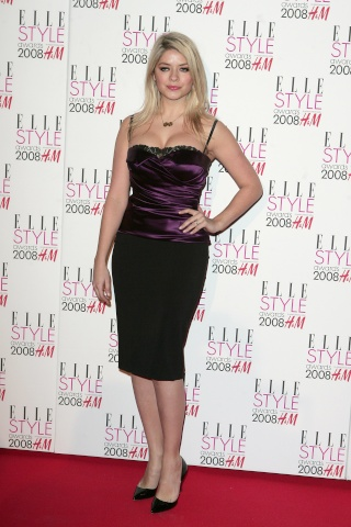 HOLLY WILLOUGHBY 81598_10