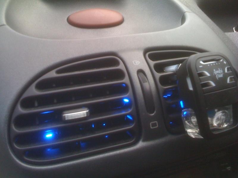 LED dans grilles d aeration Img_0218