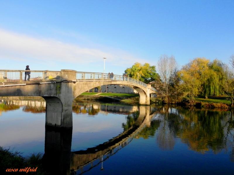 sur les ponts de saintes Dscn0129
