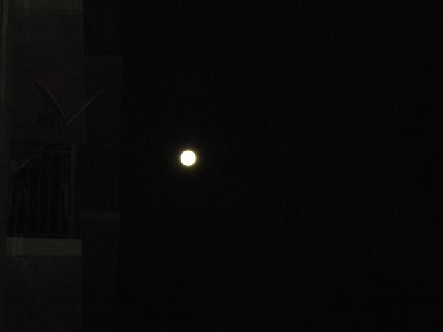 La Luna en su posicion orbital mas cercana a la Tierra La_lun10