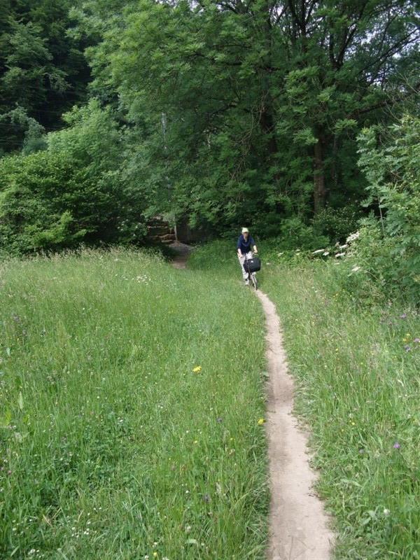 RAVeL 5 Ourthe Liege - Durbuy - Itinéraire N°7 - Sur la route des Ardennes Entre_11