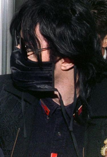 Foto di Michael Jackson con la mascherina - Pagina 5 Micha119