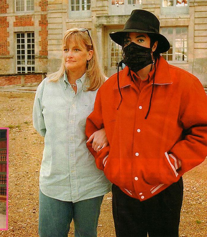 Foto di Michael Jackson con la mascherina - Pagina 5 Mj-in-12