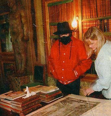 Foto di Michael Jackson con la mascherina - Pagina 5 Mj-in-13