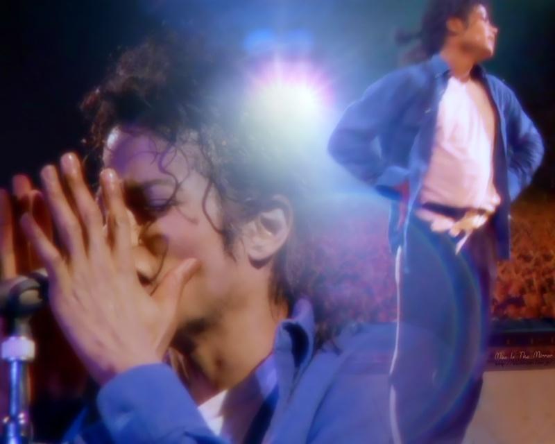Wallpapers Michael Jackson - Pagina 6 Mj-mic10
