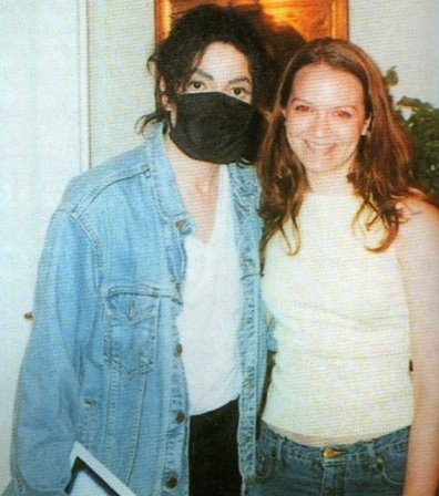 Foto di Michael Jackson con la mascherina - Pagina 4 My-man11