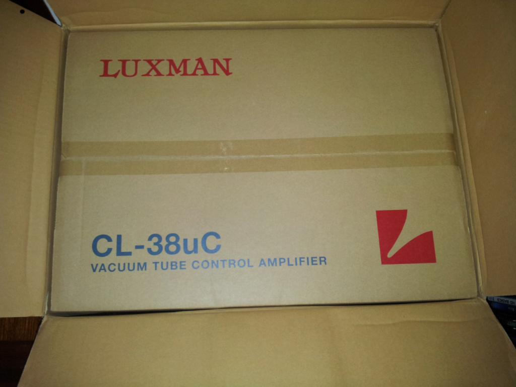 Luxman CL38UC vacuum tube pre-amplifier ( new ) 2019-015