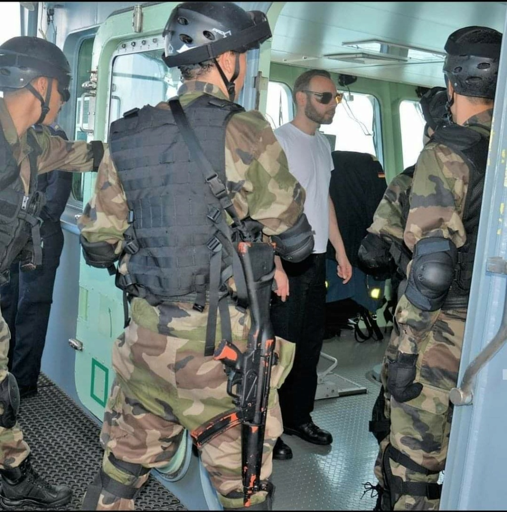 Moroccan Special Forces/Forces spéciales marocaines  :Videos et Photos : BCIJ, Gendarmerie Royale ,  - Page 19 91497310
