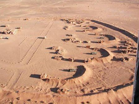 Le conflit armé du sahara marocain - Page 14 El_mur10