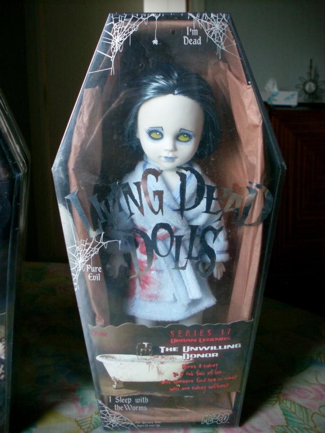 Living Dead Dolls - Page 3 Sl371419
