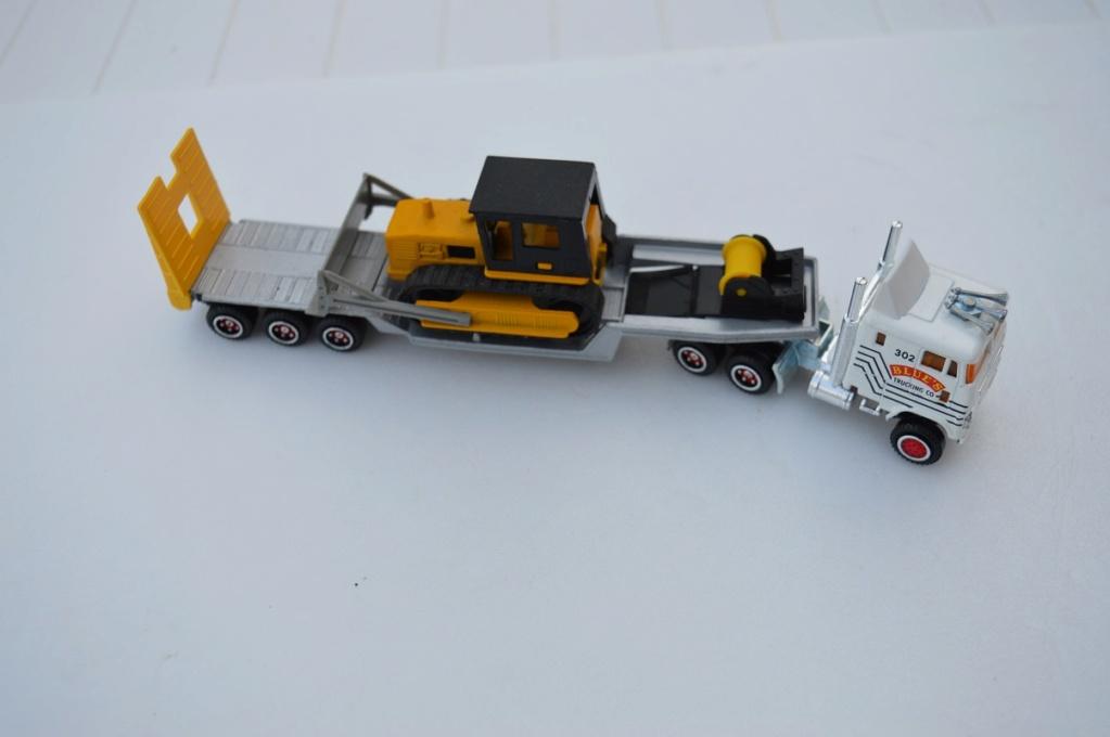 N°616 FORD surbaissé +transport buldozer Dsc_0010