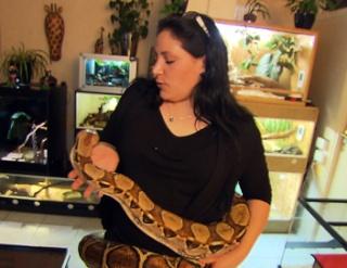 zoologie documentaire animalier france 5 mordus de serpent forum reptile particuliers 400 000 serpents en France Nouveaux animaux de compagnie NAC Fabrice Frank