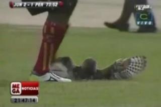 zoologie oiseau chouette ornithologie football Colombie Luis Moreno Deportivo Pereira Atletico Junior homicide involontaire shoote coup de pied dégagement