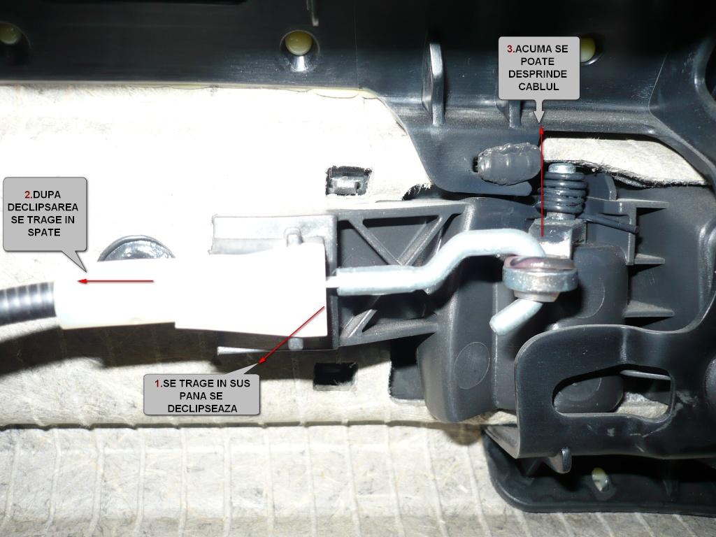 Tutorial montare lumina ambientala Astra H P1040514