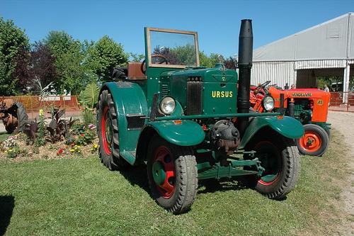 Moteur semi diesel à boule chaude 26311410