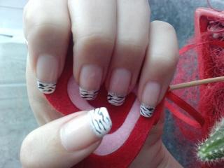 DEKORACIJA vaših prirodnih nokti, noktića, noktiju (samo slike - komentiranje je u drugoj temi) 10022810