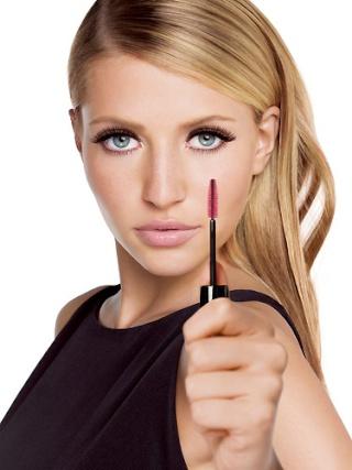 Lijepi make up , make up za svaku prigodu , beautiful make up - Page 4 Maxfac10