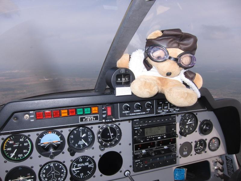 Les vols de la mascotte - Page 7 Img_0315