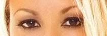A qui appartiennent ces yeux? Yeux1_10