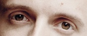 A qui appartiennent ces yeux? - Page 2 Yeux_b12