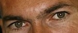 A qui appartiennent ces yeux? - Page 3 Yeux_b14