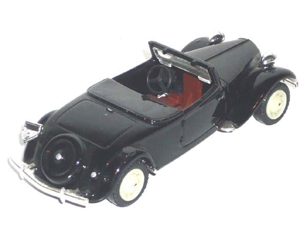 La 15/6 cabriolet 1939 en miniature V_100111
