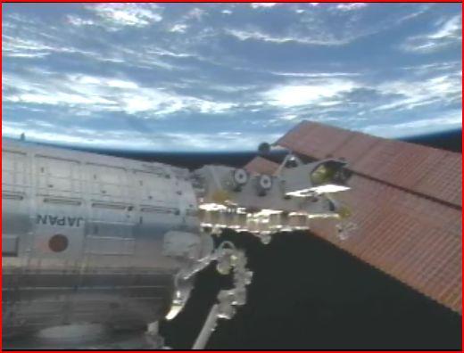 La science à bord de l'ISS - Page 3 12032010
