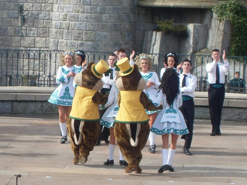 La St Patrick Day le 17 mars et le Welsh festival  (7 au 9 mars 2014) Sdc10310