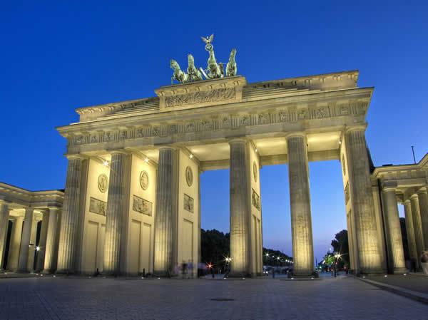 création de bannier Berlin10